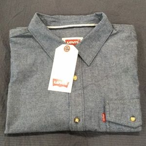 Levi's long sleeved button down